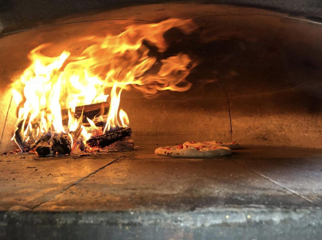 Alibi Wood Fire Pizza